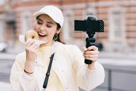 Nový vlogovací fotoaparát Sony ZV-E10