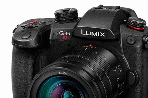 PANASONIC LUMIX GH5S. Super kamera, slabší foťák?