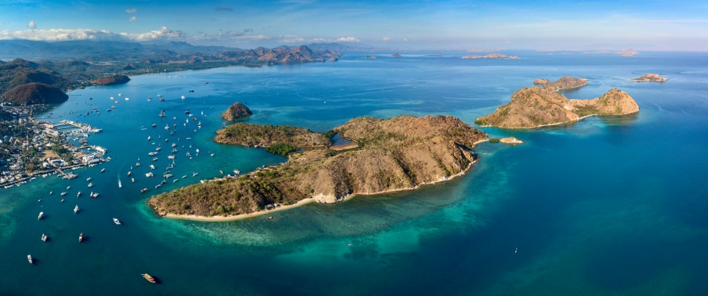 Labuhanbajo from above / remake